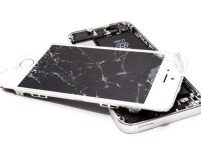 accident-broken-cellphone-1388947 (1)